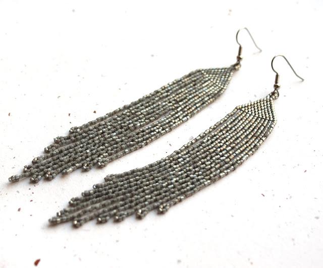 купить серьги под вечернее платье блестящие серебристые сережки