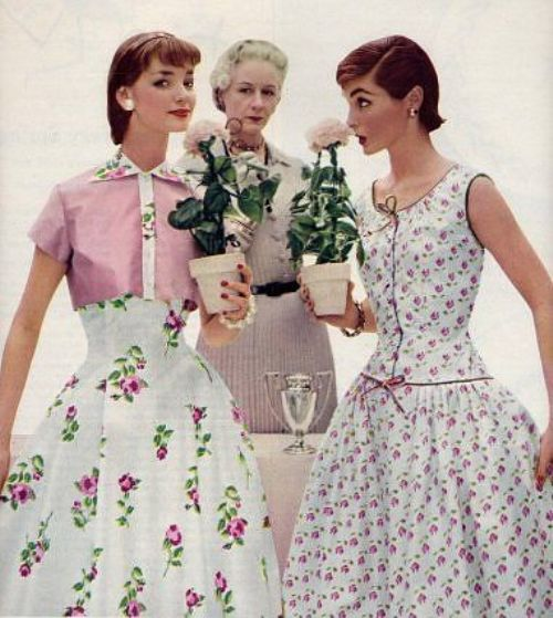 vintage fashion: spring look 1950s floral dresses