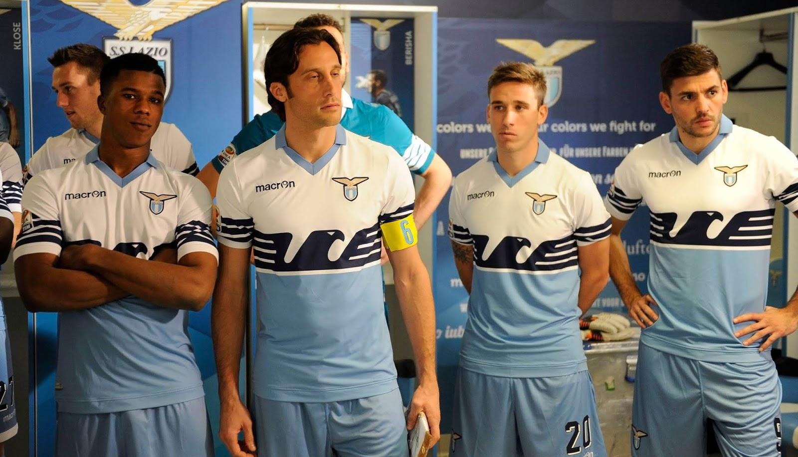A Lazio exalta o seu passado nos novos uniformes para a próxima ... ff63ea8c7e631