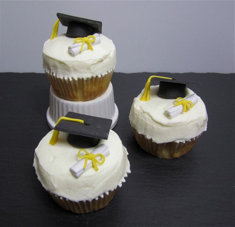 DIY/Tutorial Doktorhut-Cupcakes