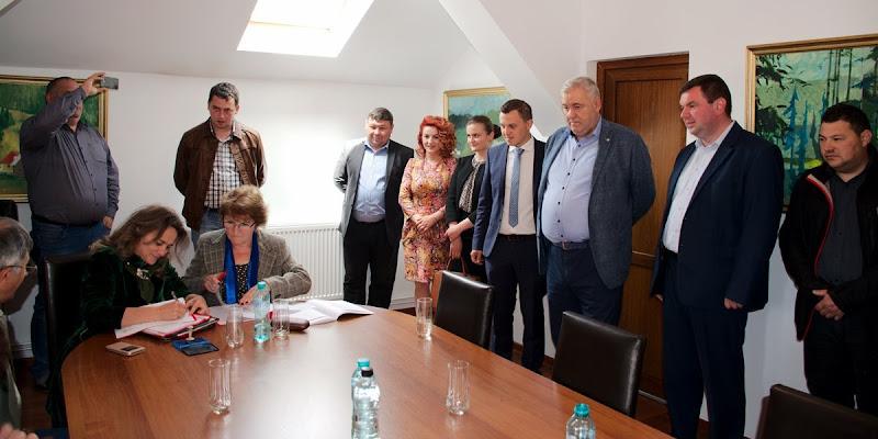 Candidatul PSD pentru Primăria Iacobeni și-a depus oficial candidatura susținut de președintele Ioan Stan și primari din zonă