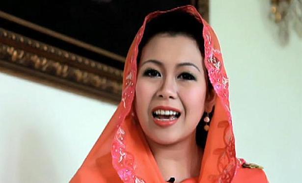 Ning Yenny Wahid, Wanita Hebat Puteri dari Kiai Hebat