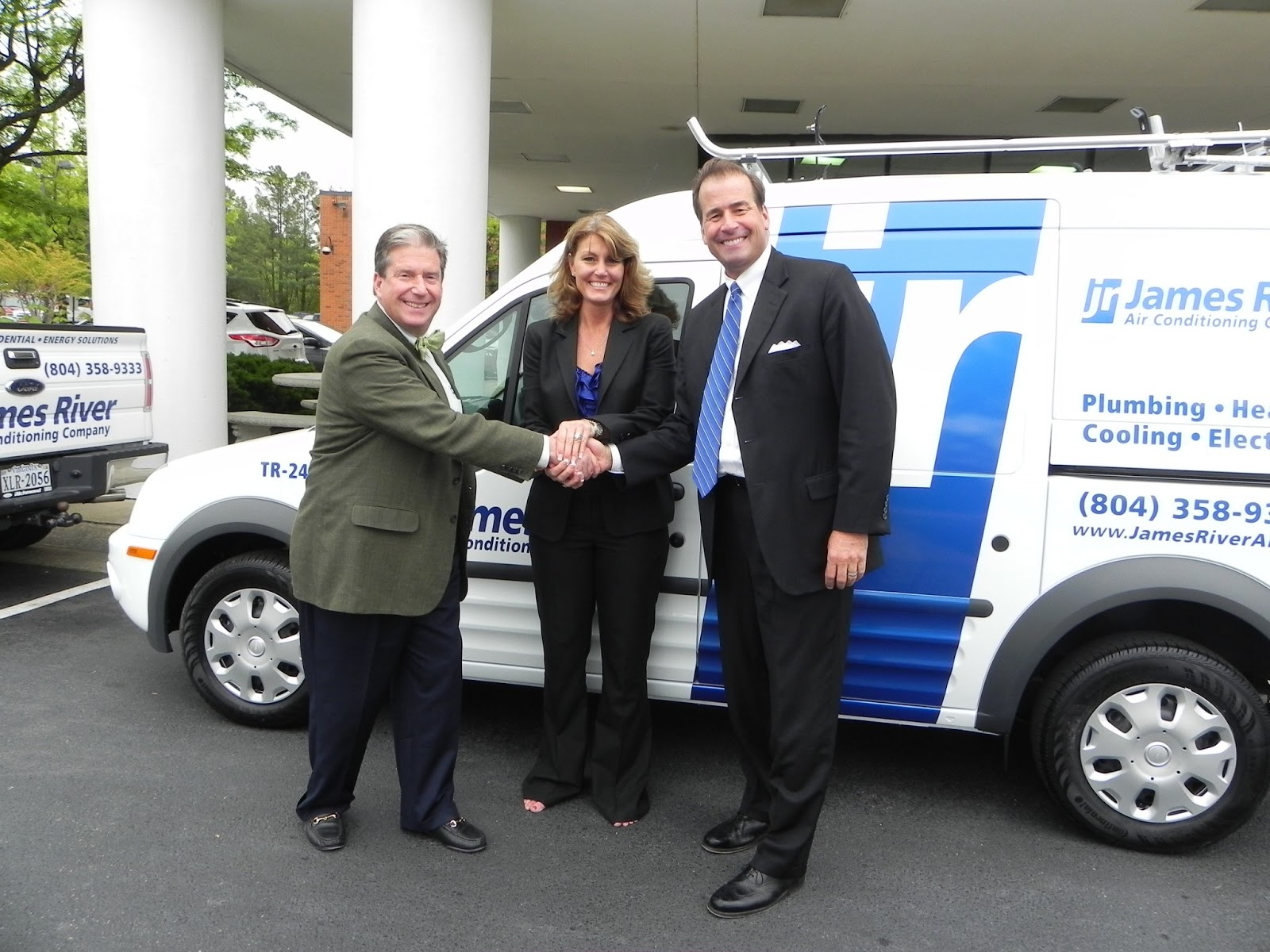 Richmond Ford West >> James River Air Buys First Vehicle From Richmond Ford West