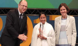 mamata-receives-un-public-service-award-the-kanyashree-prakalpa