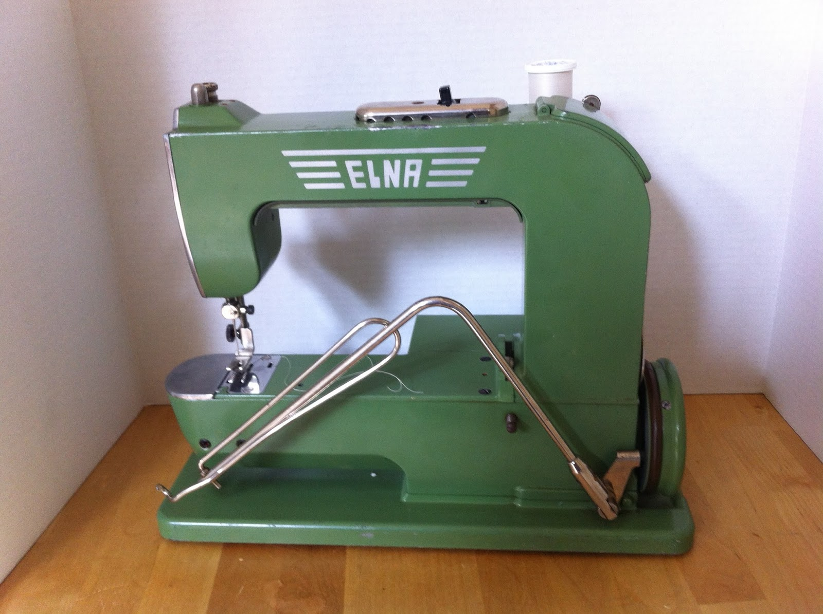 I kept reading and looking at smaller, hopefully more lightweight machines.  I soon fell in love with the Elna Grasshopper, and hunted one down.