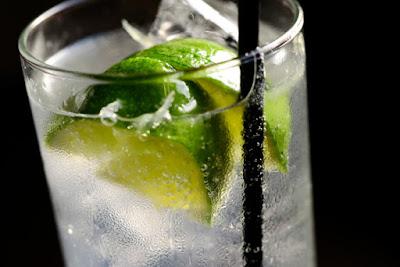 hình cocktail tequila-tonic