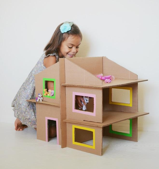 11 giocattoli da costruire con scatoloni di cartone - Casette di cartone da costruire ...