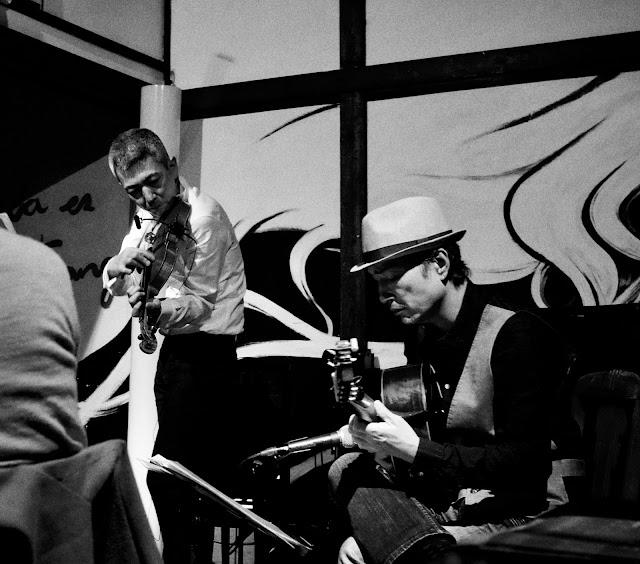 喜多直毅(ヴァイオリン)伊藤芳輝(ギター)