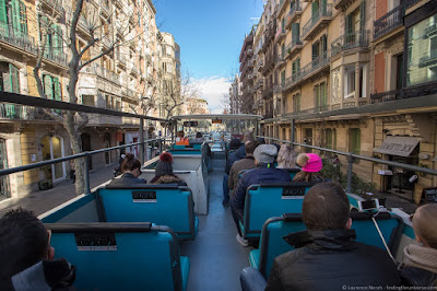 Hop on hop off bus tour Barcelona_by_Laurence Norah