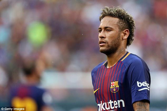 Cristiano Ronaldo : Jangan Pergi ke PSG, Neymar ... Tapi Pergilah ke MU!