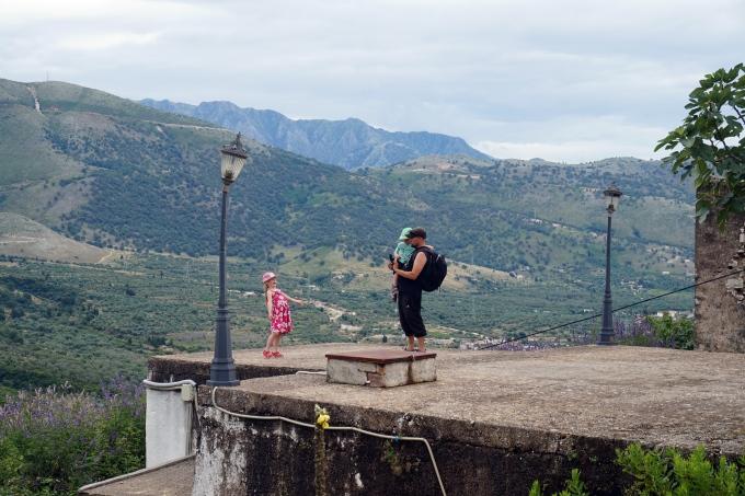 Himare Albania lasten kanssa