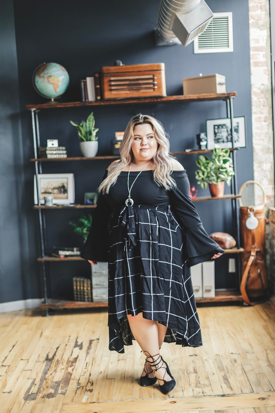 natalie craig, natalie in the city, plus size fashion blogger, Chicago fashion blogger, affordable plus size clothing, fashion to figure, plus size hi-lo skirts, fall plus size fashion, curves and confidence, body positive, midwest blogger