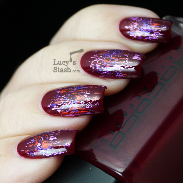 Lucy's Stash - Abstract foil pattern manicure