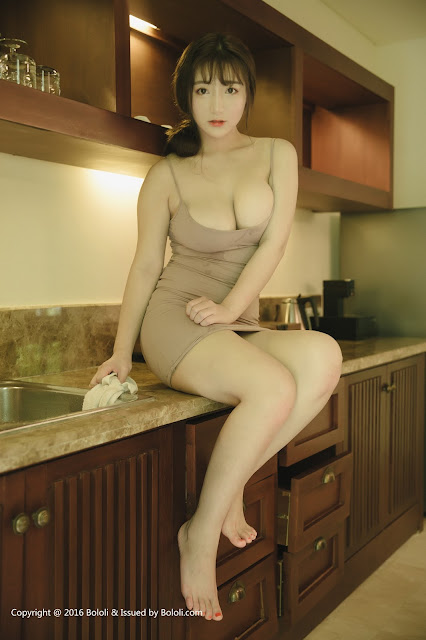 Hot girls Beauty Asian Girls sexy body model Mang Guo 4