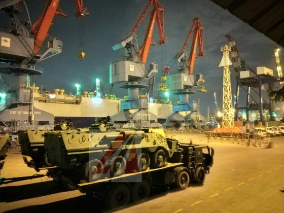 BTR-4M di Pelabuhan Tanjung Priok