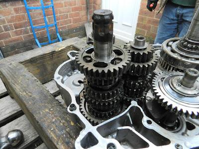 Honda CBR 125 gearbox removal refitting
