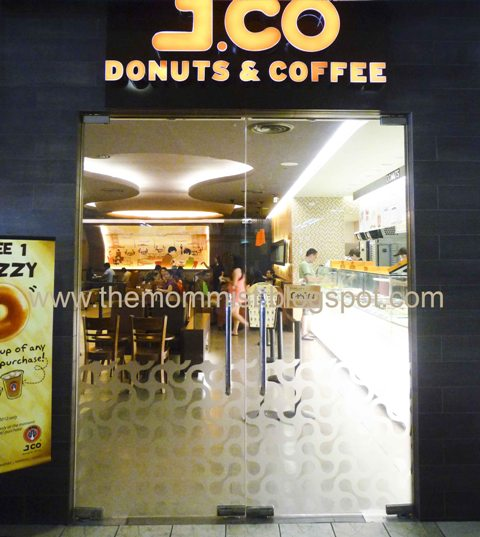 J.Co Donuts entrance