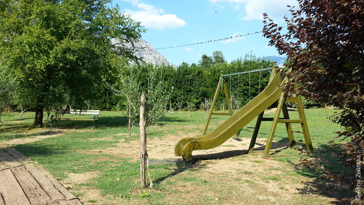 Детская площадка в Чатовича Млини