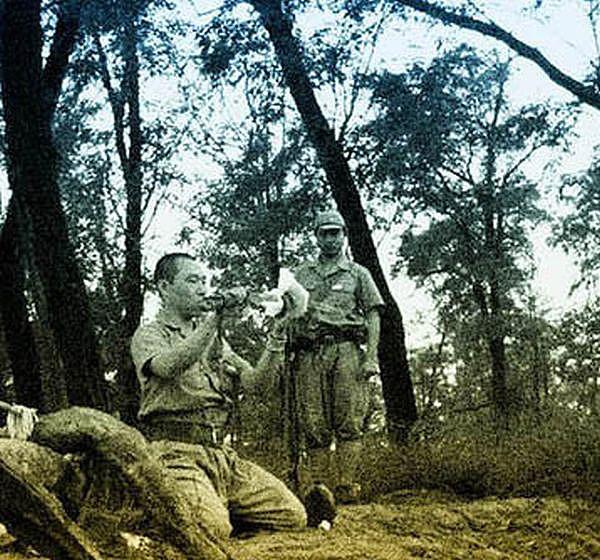 Photos Of WWII Japanese Officer Committing Seppuku