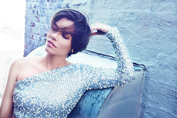 Lauren Cohan, la Maggie de The Walking Dead posa para la revista Health
