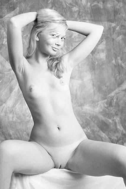 Flickor från dejting naken