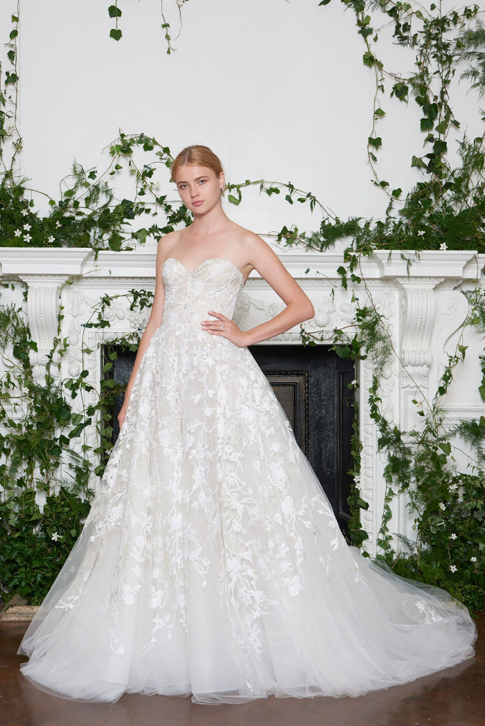 Monique Lhuillier Bridal Fall 2018 Collection