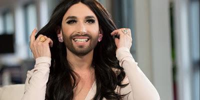 Κόβει μαλλιά και πετάει τα φορέματα: Η Κοντσίτα θέλει να γίνει πάλι άντρας!