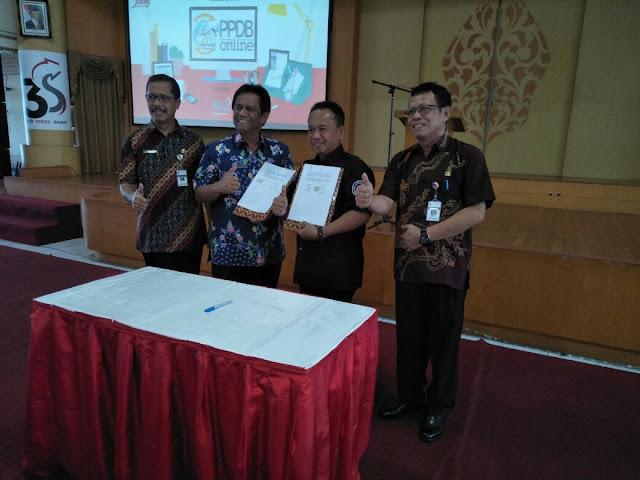 Penandatangan MoU DISDIKBUD Dengan Telkom Tentang PPDB Online SMA/SMK se Jateng