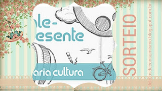 http://deliriosdeconsumismo.blogspot.com.br/2016/04/sorteio-aniversario-do-blog.html