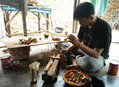 Mendulang Rupiah Dari Kerajinan Bambu