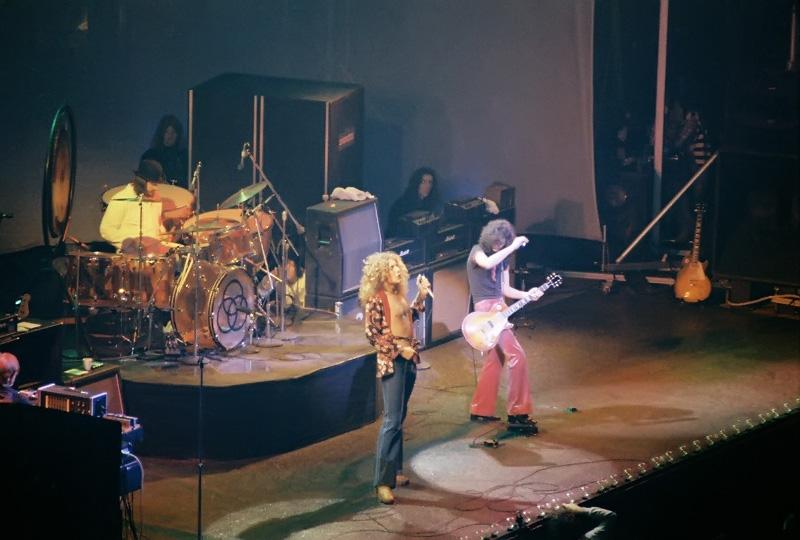 Buzz Worthy: FRIDAY LIVE: Led Zeppelin, Feb. 14, 1975 ...