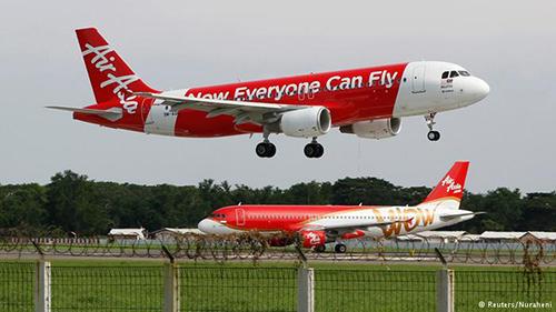 Chuyến bay hãng AirAsia đi Kuala Lumpur hạ cánh ở Melbourne