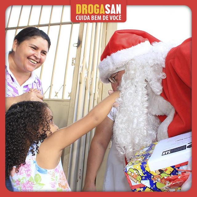 Farmácia em Ceilândia promove sorteios diários em clima de Natal