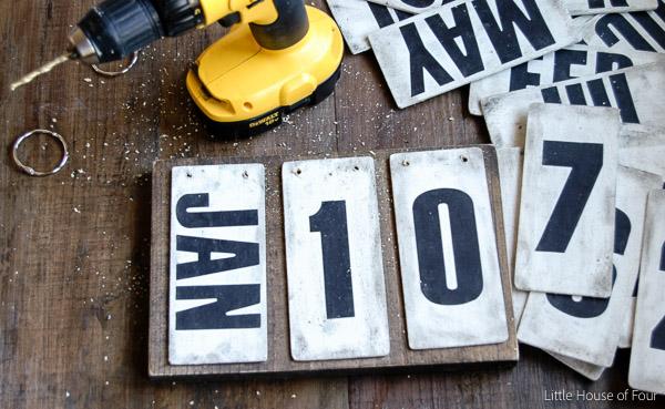 World Market Inspired Perpetual Calendar - Littlehouseoffour.com