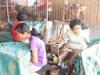 Asyiknya Berbelanja di Sentra Batik Trusmi Cirebon