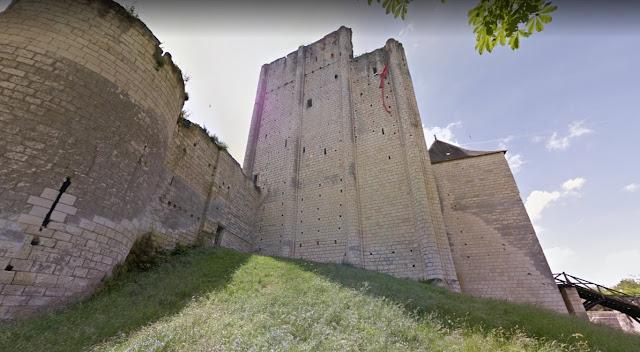 Zamek w Loches