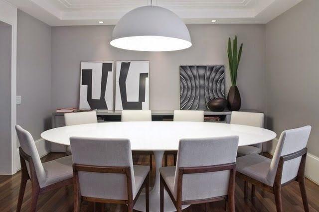 mesa de jantar vazia, pelada, nua