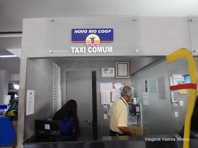 Guichê do táxi comum autorizado a fazer corrida com preço préfixado,