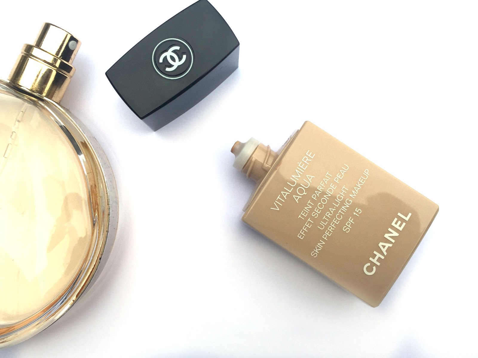 chanel vitalumiere aqua foundation