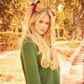 Lirik Lagu Avril Lavigne - Tell Me It's Over dan Terjemahannya