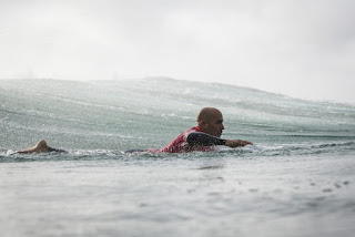 24 Kelly Slater USA quiksilver pro france 2016 foto WSL Poullenot Aquashot