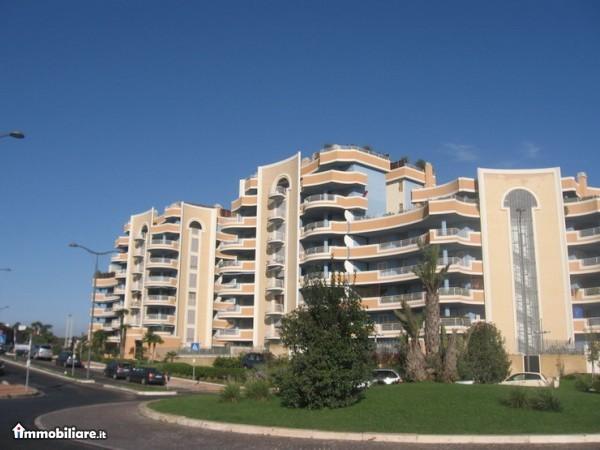 Appartamenti Via Primo Levi Villa Adriana