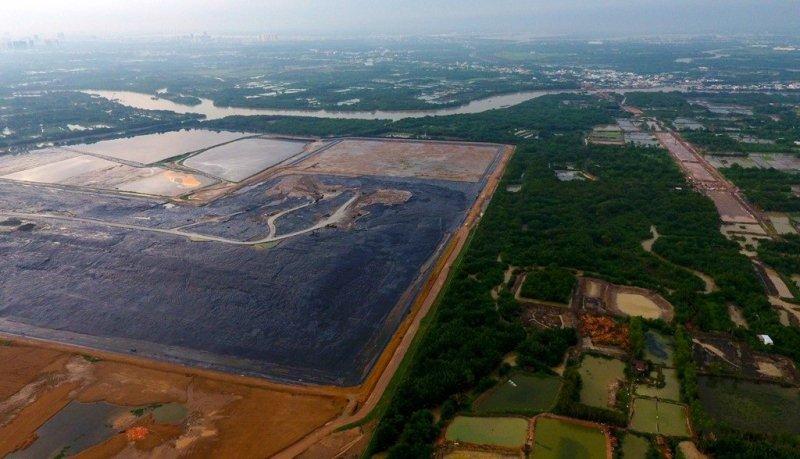 Xử lý chất thải công nghiệp chuyện nan giải - Chủ nguồn thải liệu có vô can?