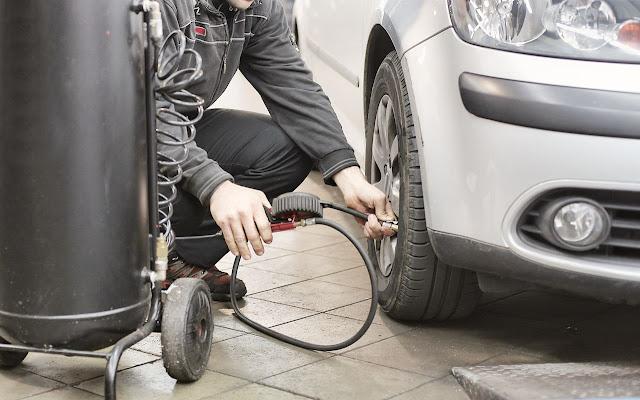 car-maintenance-check-tire-pressure