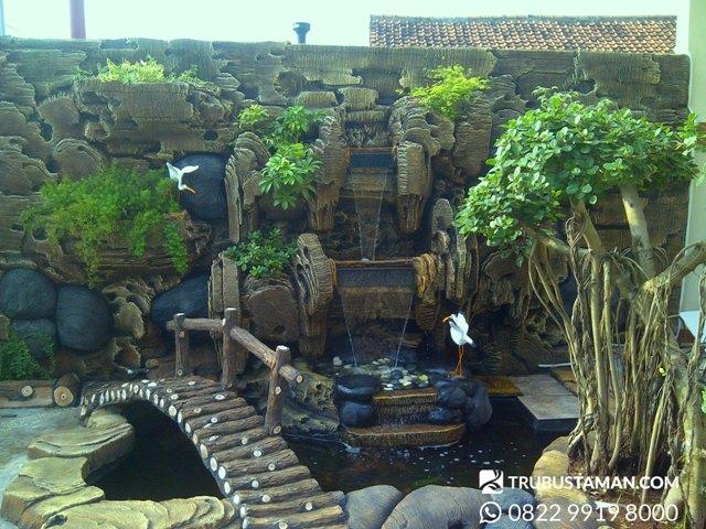 Tukang Taman Jakarta - relief dekorasi air mancur