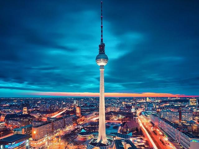 Visita à Torre de TV Berliner Fernsehturm