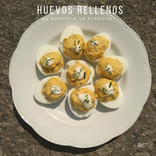 HUEVOS-RELLENOS-DE -BONITO-A-LA-PLANCHA-BY-RECURSOS-CULINARIOS