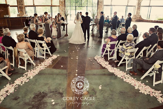 Crest Pavilion Ceremony | Corey Cagle Photography