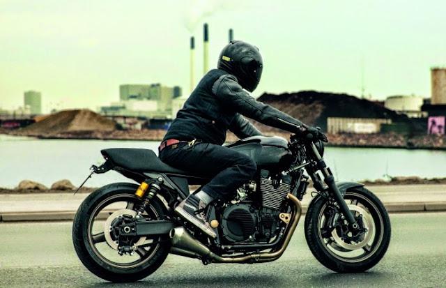 Yamaha XJR 1300 Skullmonkee