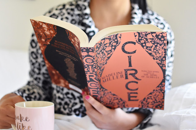 Circe Book Review | sprinkledpages